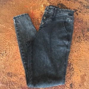 {Wild Fable} High-Rise Black/Gray Jeans. Size 4.